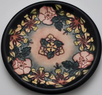 Moorcroft Pottery Oberon Plate Designed By Rachel Bishop